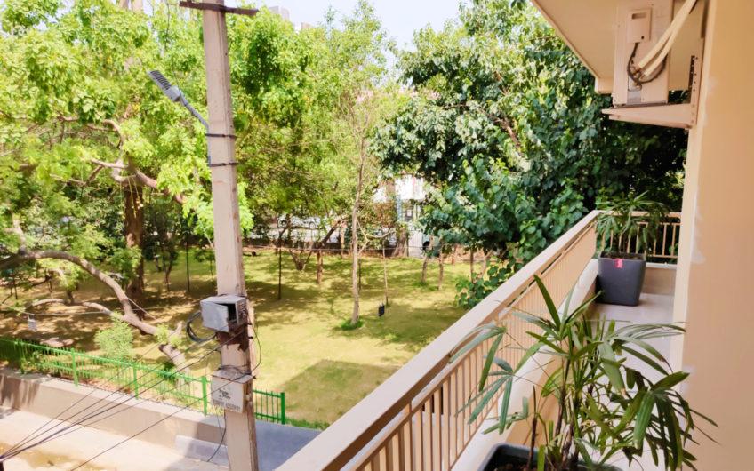 Gulmohar Park 4BHK
