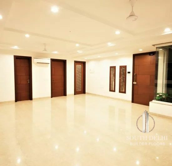 3bhk 217 sq yard builder floor in sarvpriya vihar