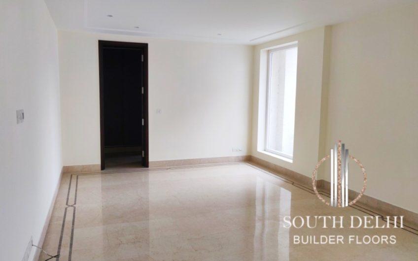 3bhk builder floor in defence colony