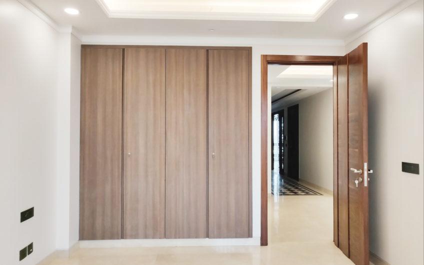 4bhk independent builder floor for sale in Geetanjali Enclave First floor,5.75 CR