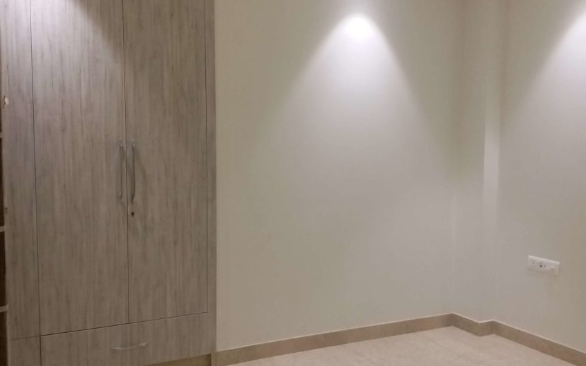 Basement stilt ground floor triplex available for sale sarvodaya enclave