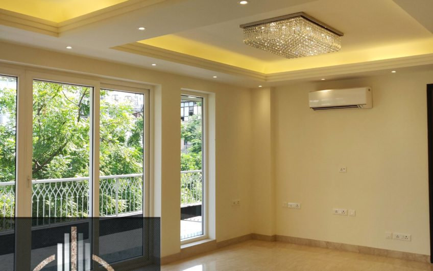 4bhk builder floor,third floor with terrace garden, Greater kailash-1,south delhi